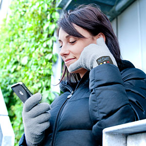 Kevin I hope this thread finds you in the funniest regards!!!-f2c9_bluetooth_handset_gloves_inuse.jpg