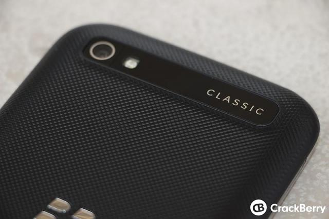 What is the best non-camera phone currently out there?-blackberry-classic-device-camera.jpg