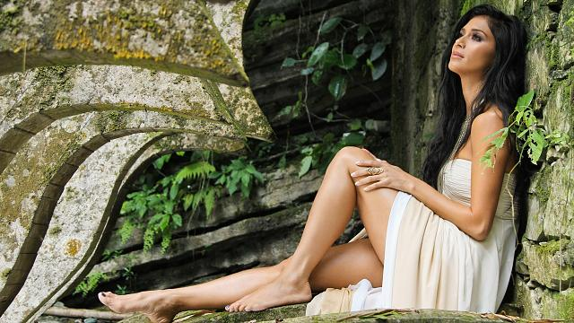 Share your favorite wallpapers-nicole-scherzinger-2012-wallpaper.jpg