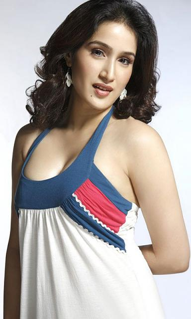 Share your favorite wallpapers-sagarika-ghatge-wallpaper.jpg