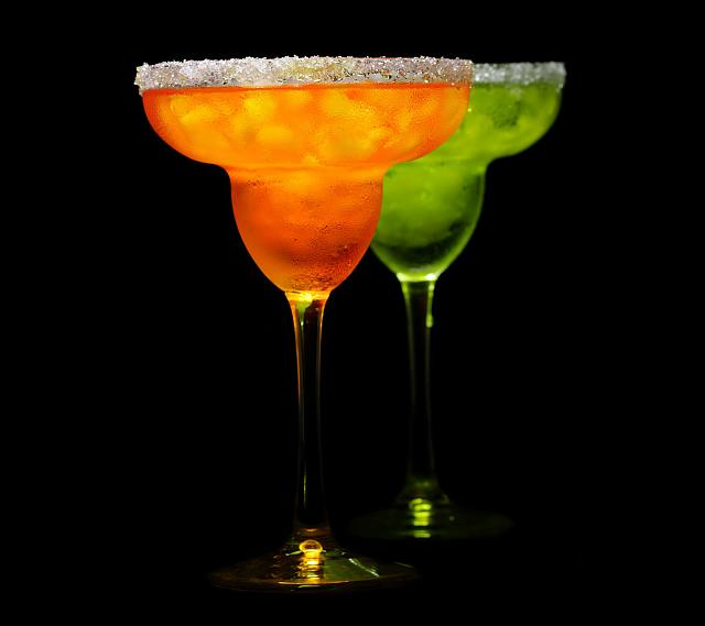 Galaxy S III stock wallpaper-sweet-cocktails-wallpaper.jpg