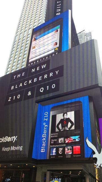 BlackBerry Trucks Hitting The Streets Of NYC-img_00000952.jpg