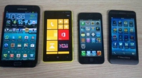 BB10 - just a heavilly skinned version of Android?-notevs920vsiphone5vs-bbl-e1354108652959-470x260.jpg