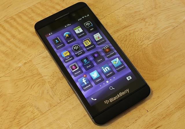 Does the Z10 have an actual email or messaging app?...-z10-angle.jpg
