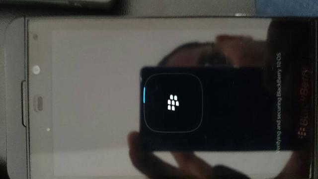 Z10 (10.3.1.1154) boots up but doesn't get past the loading screen-1425145838640.jpg