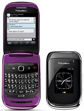 BlackBerry should bring out a flip phone with a keyboard-blackberry-style-9670-1.jpg