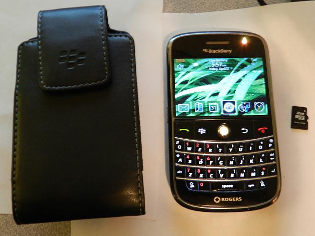 Anyone still using a Blackberry Bold 9000?-bold.jpg