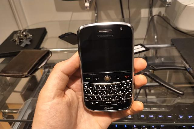 Blackberry 9000 Bold Prototype  An in depth look  - BlackBerry