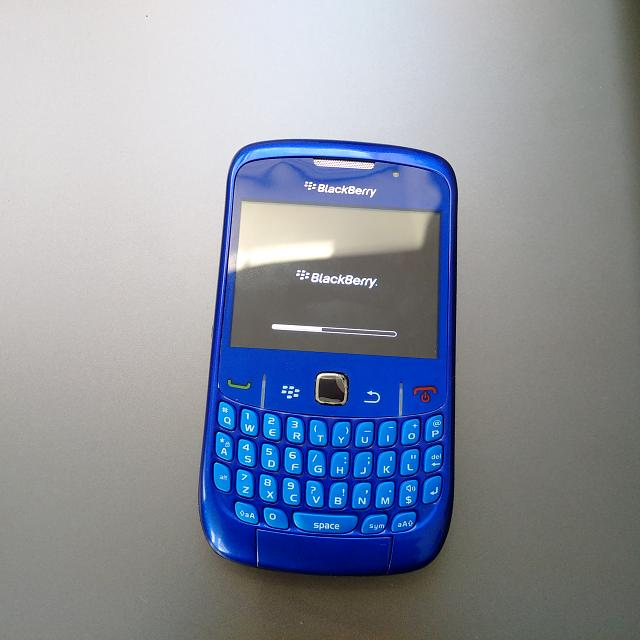 d8cdf2a83c3 Did anyone else ever get the Gold Chassis  - BlackBerry Forums at ...
