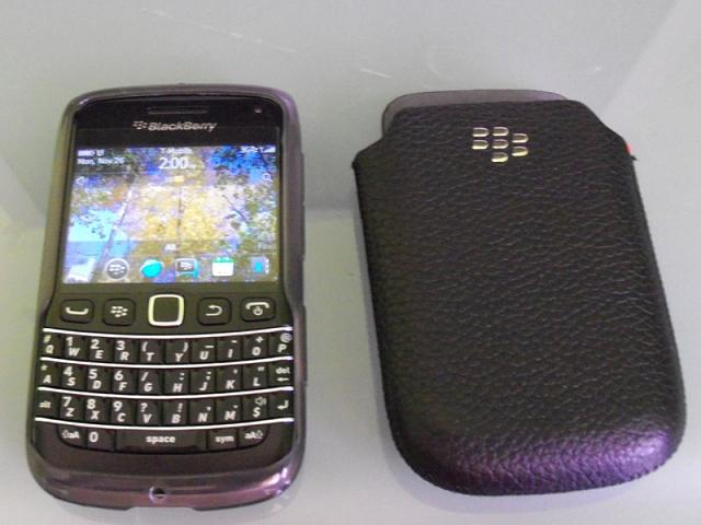 Bold 9790 Case or no Case?-tpu_gel_9790-1-.jpg