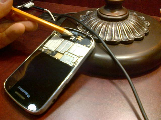 BOLD 9900 Loudspeaker problem FIXED FOR FREE!!!!-img-20121121-00112.jpg