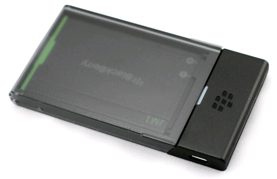 UK Blackberry Free Battery Offer-blackberry-jm-1-battery-charging-bundle.jpg