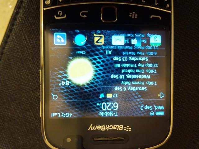 What theme does your 9900/30 have?-img_20140903_182009.jpg