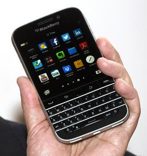 BlackBerry Classic - HD Render and Pictures-classic_chen.jpeg