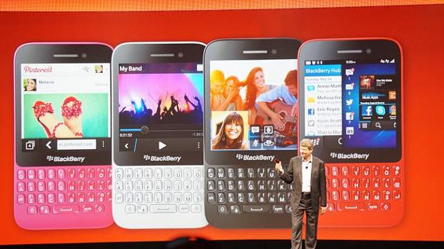 "Who would like to see a BlackBerry Classic in original BlackBerry ""Blue ""?-blackberry-q5-5.10.jpg"
