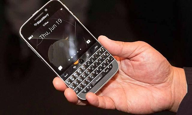 Blackberry Classic: Buttons on toolbelt are capacitive or physical?-53a31b02aff3e.jpeg