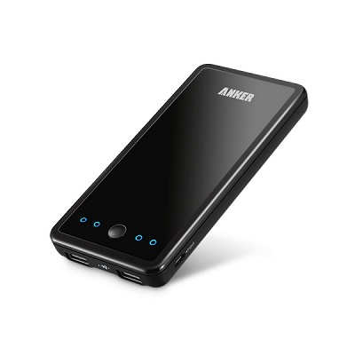 After having the Classic for 3 weeks BB is slowly convincing me the transition to BB10 isn't so bad.-anker110k_med.jpg