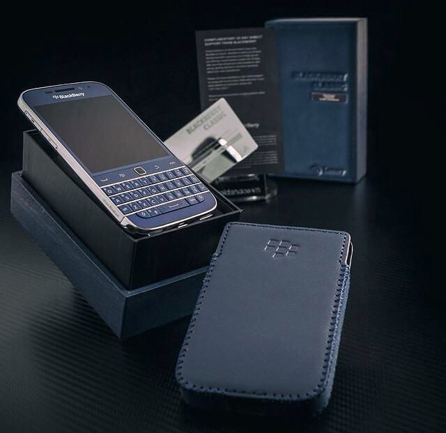 Favourite colour Blackberry Classic?!-imageuploadedbycb-forums1451838353.605823.jpg