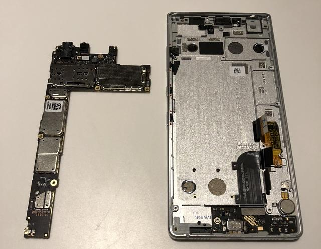 Key2 Teardown - In Pictures (Part 3 of 5)-31.jpg
