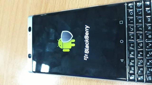 Keyone stuck after startup logo - BlackBerry Forums at