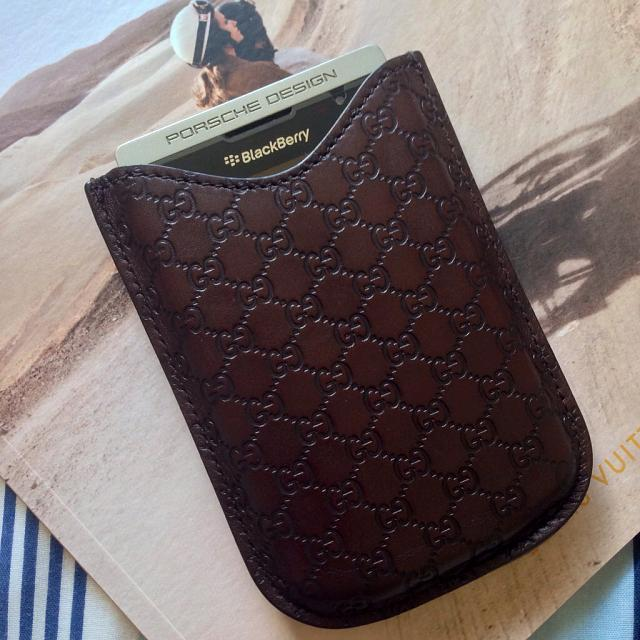 BB 9000 leather case for p9981?-imageuploadedbycb-forums1380761782.501307.jpg