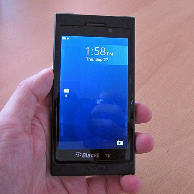Windermere is the Q30, and it's not what you expect.-blackberry-10-dev-alpha-b_1.jpg