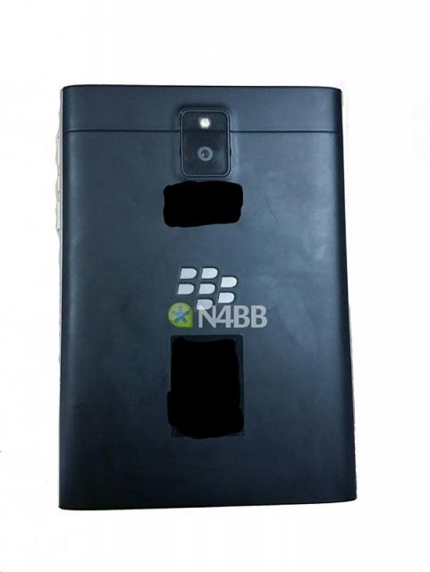 BlackBerry Windermere 'Q30' Pictures-windermere-back-1000x1333.jpg