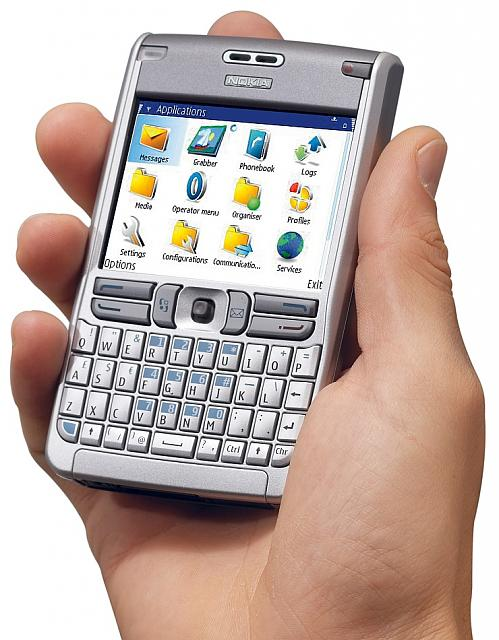 24 hours with Passport report-nokia-e61.jpg