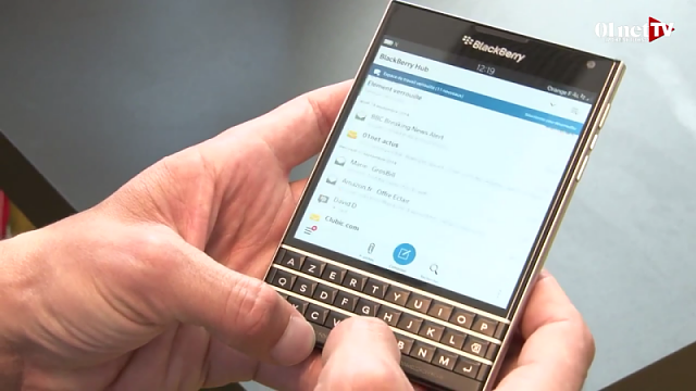 Blue Band on the BlackBerry Passport Hub-img_20140930_192631.png
