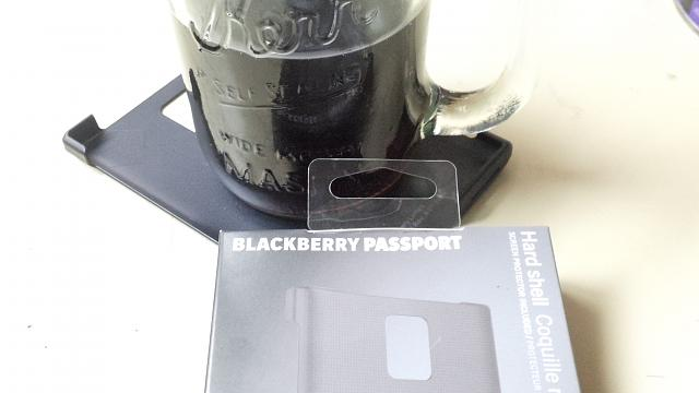 Anyone Using the Hardshell Case from Blackberry?-img_20141008_122903.jpg