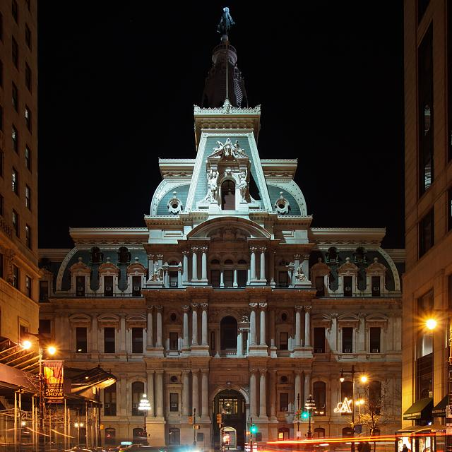 BlackBerry Passport Wallpaper-20120310-philadelphia_city_hall_at_night-2.jpg