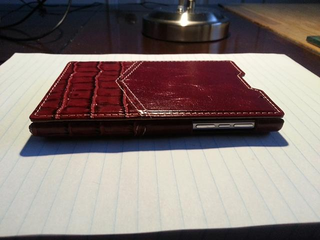 BlackBerry Passport Leather Flip Case-20141110_161344.jpg