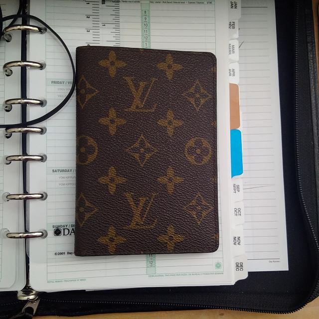 Did you know passport fits in passport book covers-img_20141005_110429.jpg