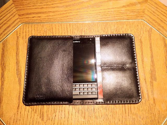 Found a great leather wallet/sleeve for the Passport-img_20141122_102823_edit.jpg