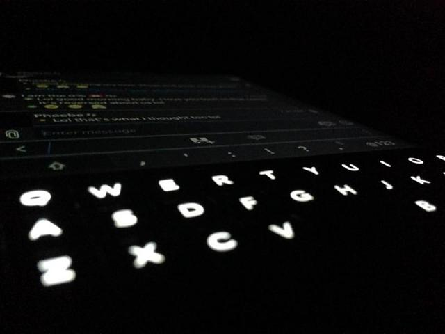 Do you guys find your W and S keys are slightly less lit?-img_0139.jpg