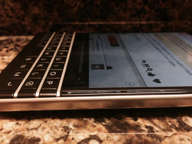 "What would cause the screen on Blackberry Passport to ""lift""?-img_2171.jpg"