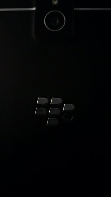 BlackBerry Logo already coming off?-img_20141219_220740.jpg