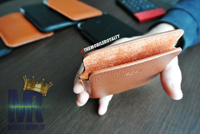 Found a nice selection of Passport leather pouches-dsc_4145.jpg
