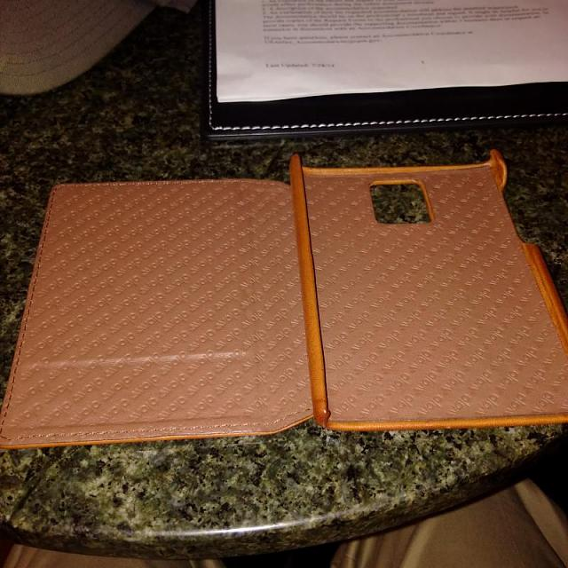 Passport cases now available from Vaja!-img_20150213_154739.jpg