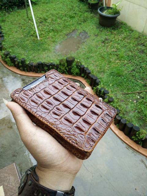 Passport Cases-genuine-horn-back-crocodile-papua-pouch-2.jpg