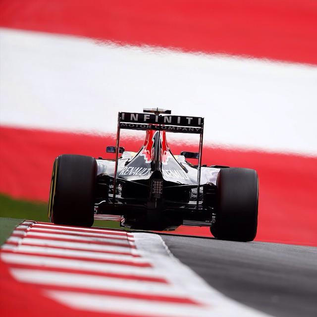 Wanted: the classiest wallpaper for the Passport-f1-rear.jpg