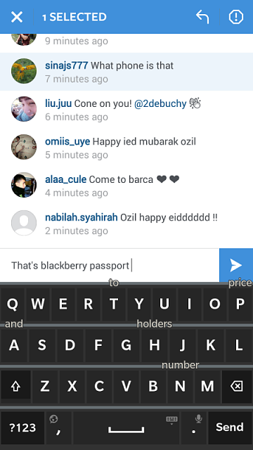 Any Arsenal fans out there? Check out Ozil's phone-img_20150716_152151.png