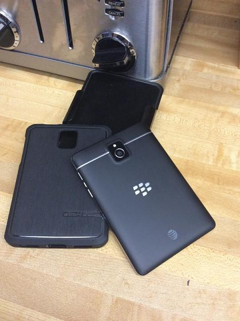 WTT/WTS AT&T BlackBerry passport-img_0634.jpg
