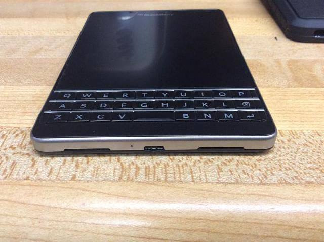 WTT/WTS AT&T BlackBerry passport-img_0638.jpg
