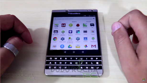 BlackBerry Passport SE - BB Android (Potentially Possible ?)-passport-se-android-2-615x346.png