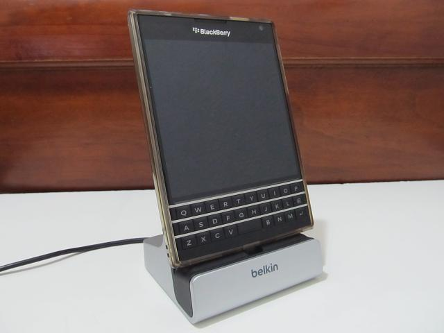 Original Passport: Wireless charging and docking station with case!-img_3571.jpg