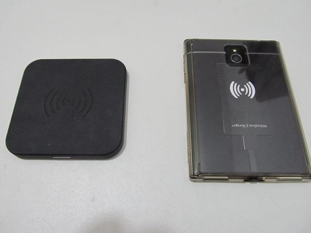 Original Passport: Wireless charging and docking station with case!-img_3585.jpg