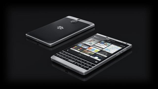 How do we get BlackBerry to make a Z10 or Z30 SE?-passport_silver_2device.jpg