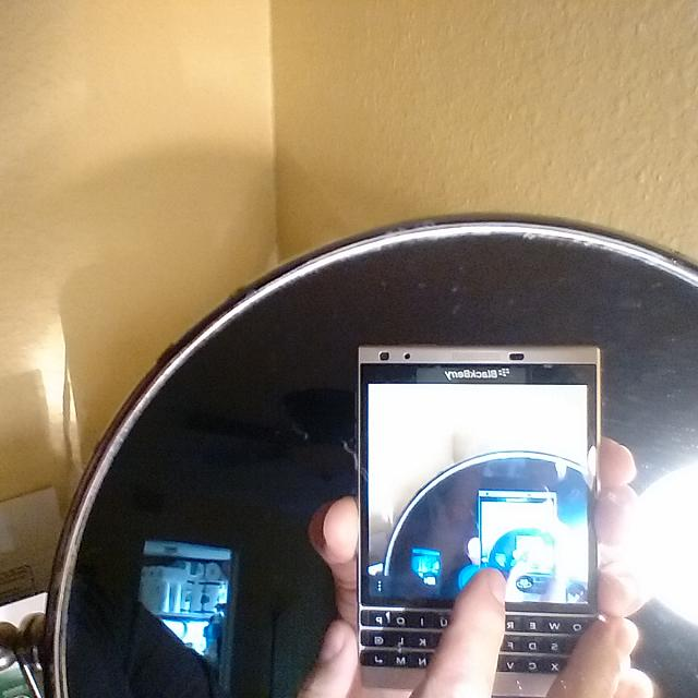 Who uses BlackBerry Passport ?-img_20170707_151900.jpg