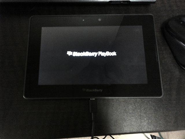 Playbook dead ? red light followed by 5 yellow flashes and won't boot-img-20130704-00529.jpg
